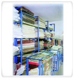 Textiles Ball Pillar Racks