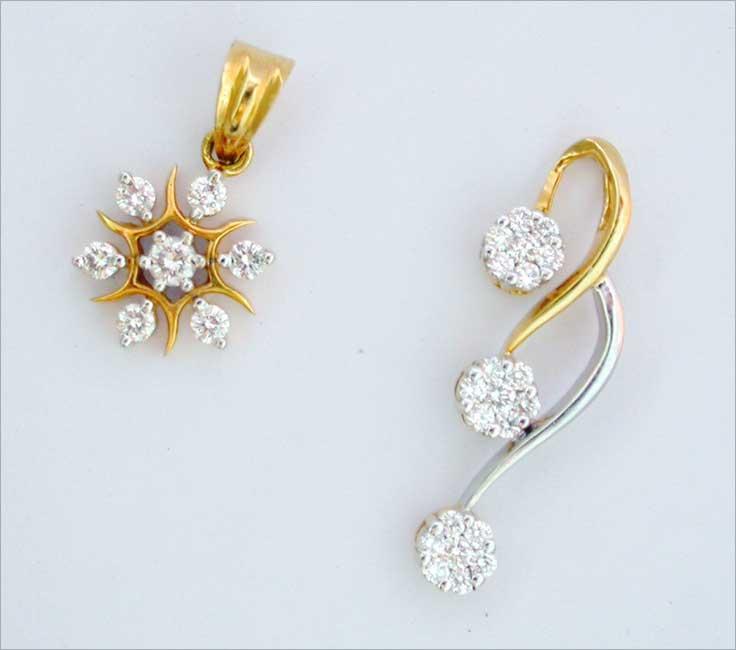 Diamond pendant heart shaped diamond pendant pave diamond pendant diamond pendant set aloadofball Images