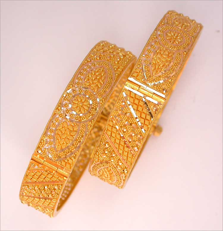bangles lifetime jewelrys only bangle discounted is thick cuban news gold bracelet heavily s today jewelry link